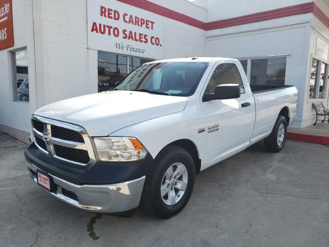 2017 WHITE RAM 1500 Tradesman Regular Cab LWB 2WD (3C6JR6DT3HG) with an 5.7L V8 OHV 16V engine, 8A transmission, located at 503 West Court, Seguin, TX, 78155, (830) 379-3373, 29.568621, -97.969803 - Photo #0
