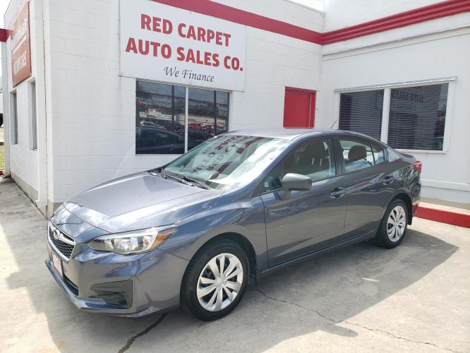 2017 GRAY Subaru Impreza 2.0i 4-Door (4S3GKAA6XH3) with an 2.0L H4 DOHC 16V engine, CVT transmission, located at 503 West Court, Seguin, TX, 78155, (830) 379-3373, 29.568621, -97.969803 - Photo #0